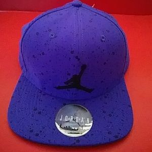 BRAND NEW AIR JORDAN ACTIVE HAT